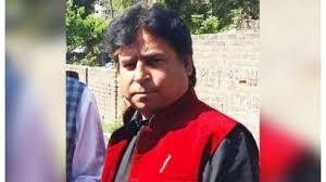 Kher, Raina raise funds for slain Kashmiri sarpanch's family